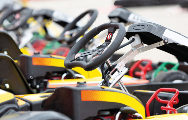 Karting service officina go kart assistenza riparazione - vendita telai motori ricambi e accessori go kart - img ricovero racing kart