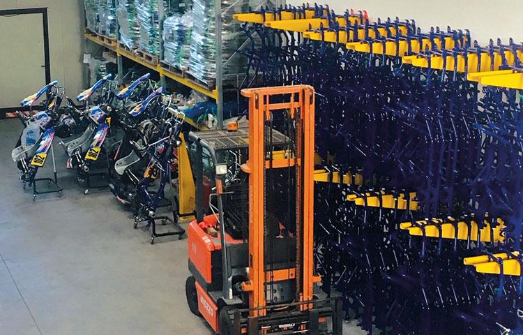 Karting service officina go kart assistenza riparazione - vendita telai motori ricambi e accessori go kart - racing kart telai img